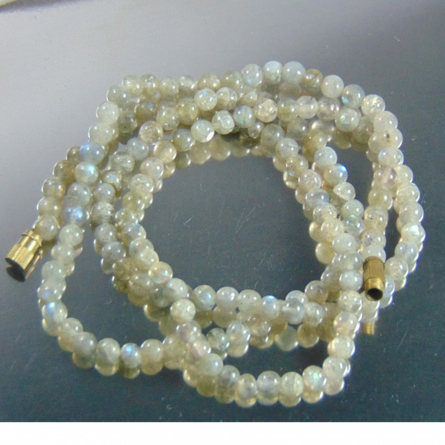 Natural flourite stones beads neckace 100.45 cts 64cm