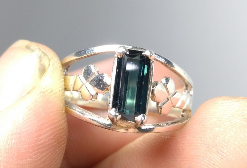 Wow Very Beautiful Hand Made Ring Of Blue Tourmaline In 925 Silver