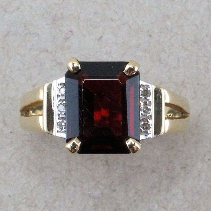 Almandine Garnet in Gold finding with Accent Diamonds