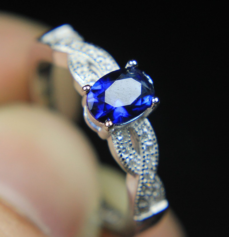 Wow Very Beautiful Blue CZ Zirconia Ring For Teenage