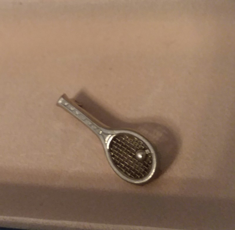 CUSTOM TENNIS RACKET PIN 1950'S CIRCA SILVER GREAT COLLECTORS PIECE