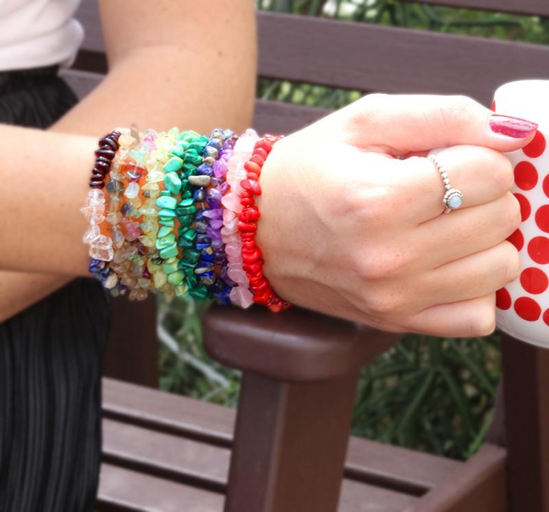 10 Beautiful Mixed Gemstone Chip  Bracelets SU 652