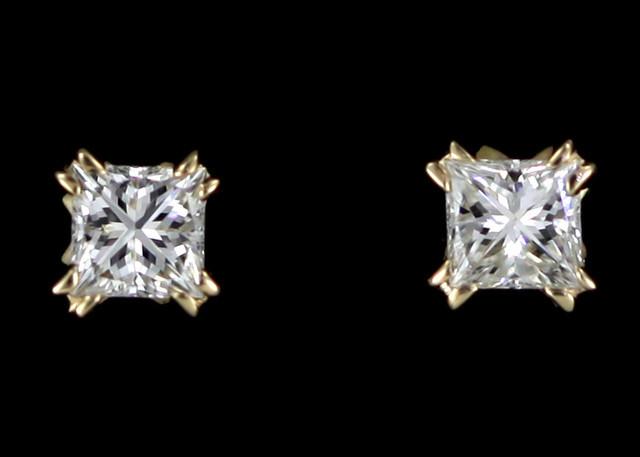0.20 cTS Australian 9ct Gold Classic Diamond Earrings .20 ct JAO 27