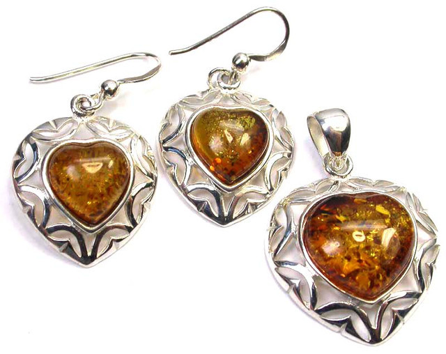 BALTIC AMBER EARRINGS AND PENDANT SILVER 41.85 CTS [SJ1431]