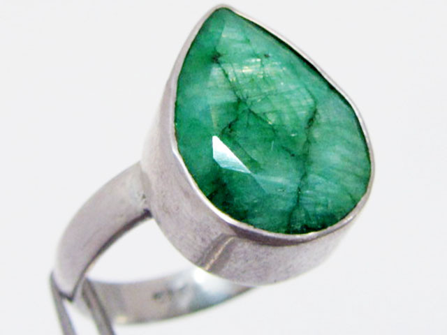 Emerald set in silver ring size 8.5 MJA 687