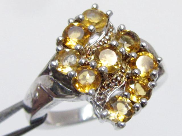Bright Citrine set in silver ring size 7 MJA 795