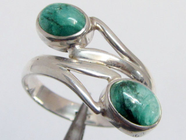 Emerald set in silver ring size 10 MJA 721
