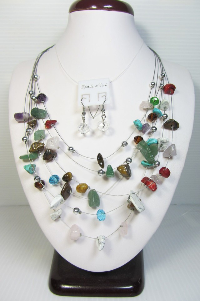 MIXED GEMSTONE NECKLACE WITH MATCHING EARRINGS QT102