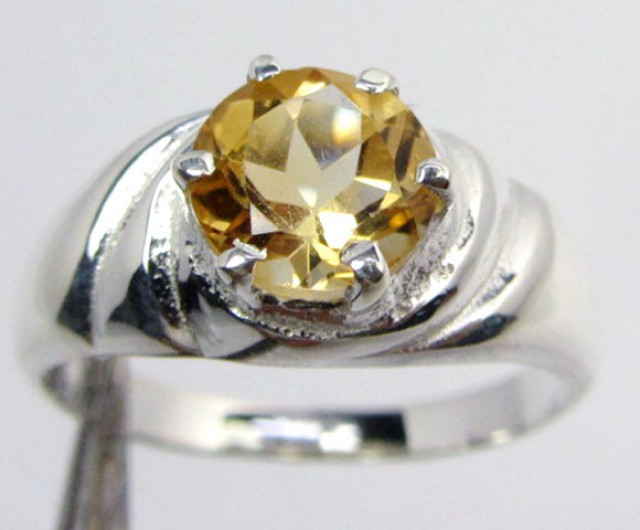 17 CTS FACETED CITRINE SILVER RING SIZE 8 GG 1044