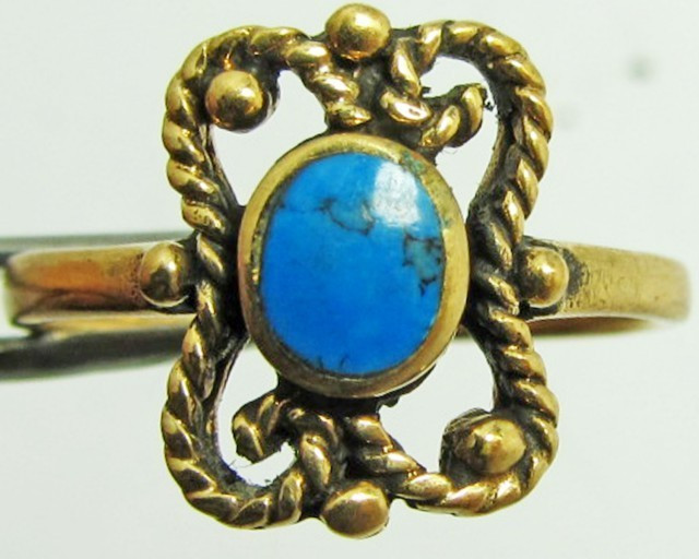 NATUARRAL HOWLITE DYED TURQUOISE BRONZE RING SIZE 6 QT 713