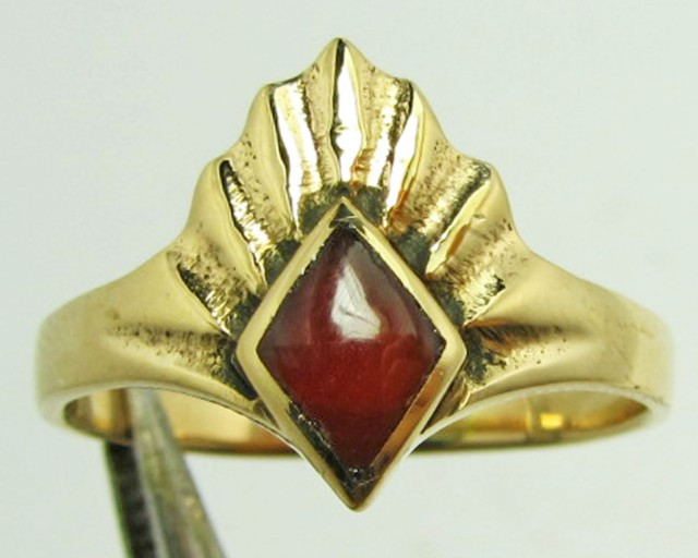 BRONZE WITH CARNELIUM INLAID RING SIZE 5 GG 1122