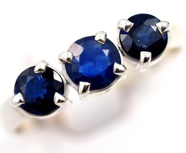 SIZE 9 BLUE AUSTRALIAN SAPPHIRES SET IN SILVER RING [SJ4504]
