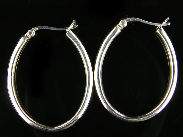 MODERN 30x25 MM LOOP STERLING SILVER EARRING MYT 496