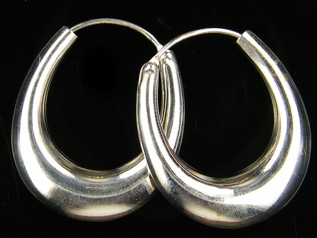 MODERN 32x28 MM LOOP STERLING SILVER EARRING MYT 528