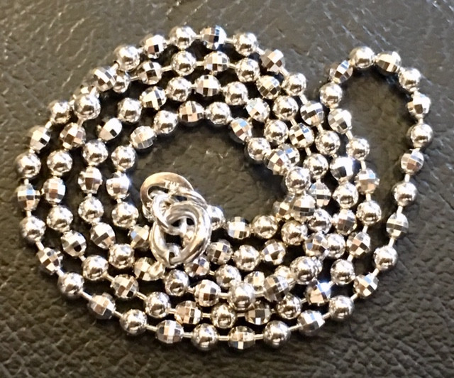 8 grams 18K ITALIAN WHITE BALL  GOLD CHAIN , 40 CM LONG 8 GRAMS L400