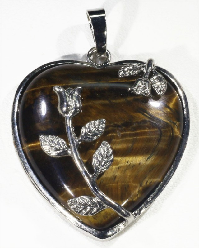80cts Tigers eyes heart pendant 1204