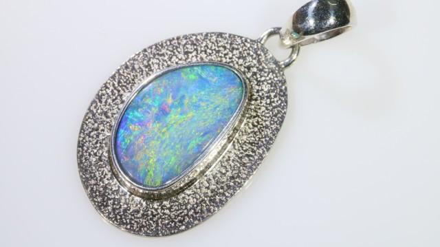 Gem Opal Doublet Pendant in silver SB 259
