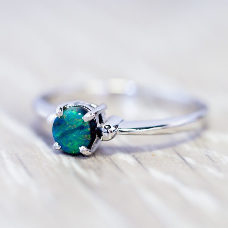 Cute Solid black Opal 18k White Gold Ring SB 837