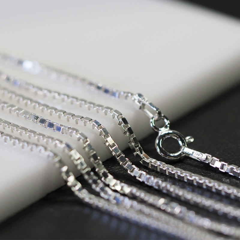 20 Inch,50 cm  Sq Box  Silver chain  .most popular chain    AM150