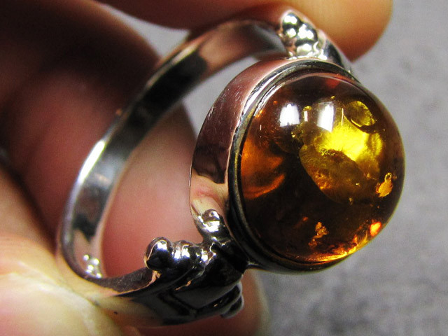 SUN ROUND BALTI AMBER IN SILVER RING SIZE 9 MYG 573