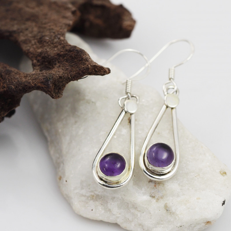 Amethyst earrings sheppard hook   AM588