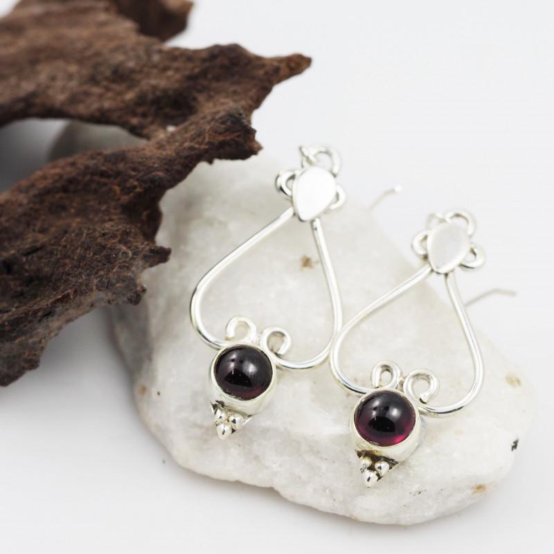 Garnet earrings sheppard hook   AM605