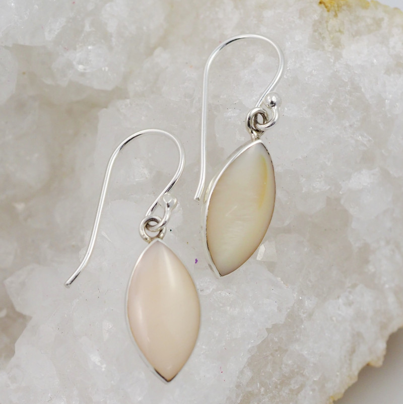 pastel Apricot  natural shell silver Earrings, ,AM 781