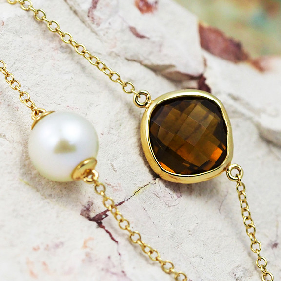 Stylish Champagne Quartz & Water Pearl Bracelet in 18K Gold - 65 - B 11