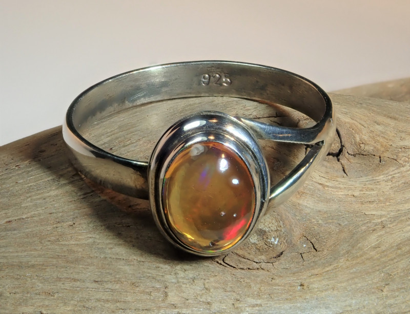 5.5 sz Mexican Water  Opal Sterling Silver Ring