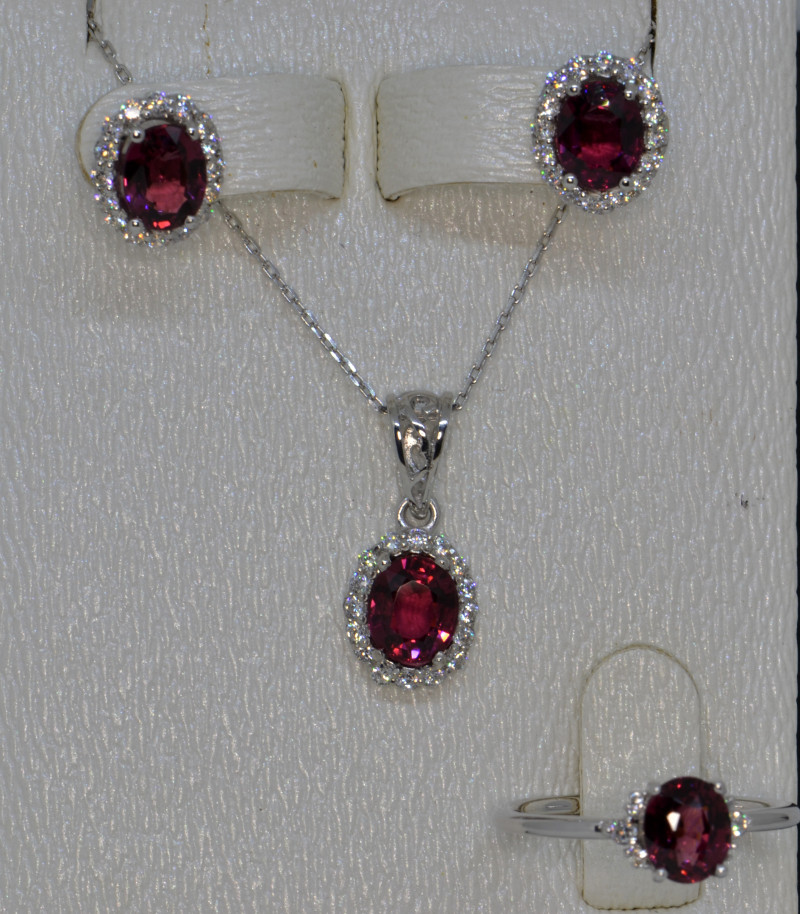 Natural Rhodolite Garnet, Cz and Silver Jewelry Set (White Gold Coated)