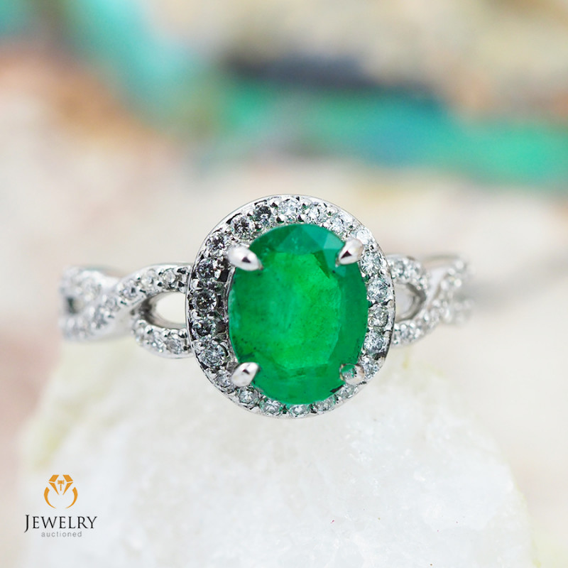 EMERALD CERTIFIED 18K White Gold & Diamonds Ring - RE V15