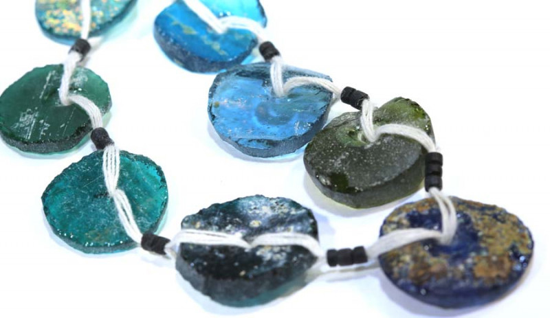 68 CTS ANCIENT ROMAN GLASS DRILLED STRAND  SG-877