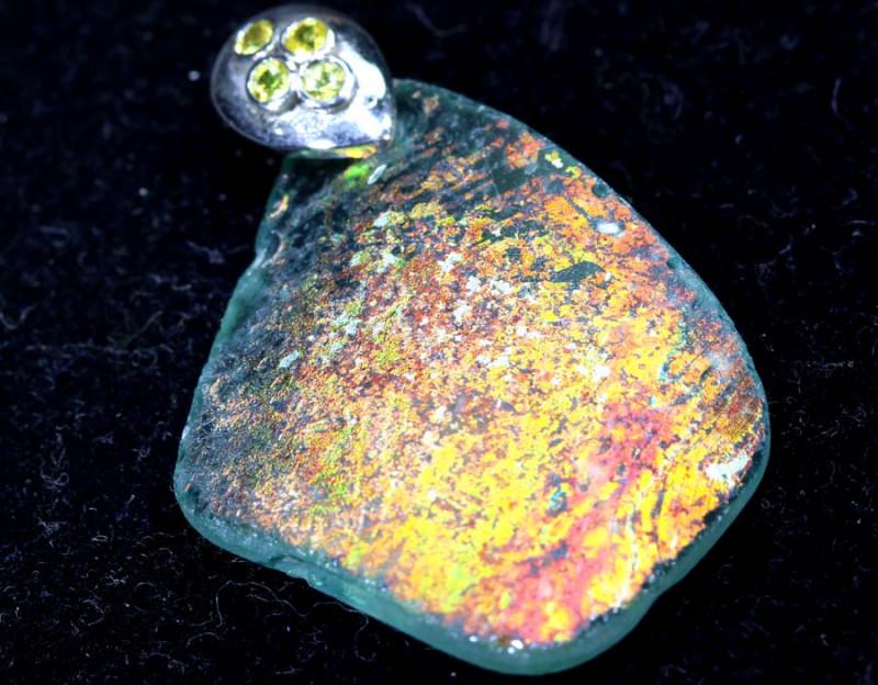 19.65  CTS ANCIENT ROMAN GLASS PENDANTS  SG-1364
