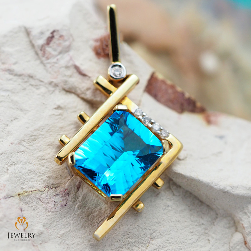 14K Yellow Gold Blue  Topaz & Diamond Pendant - 53 - D P7723 4400