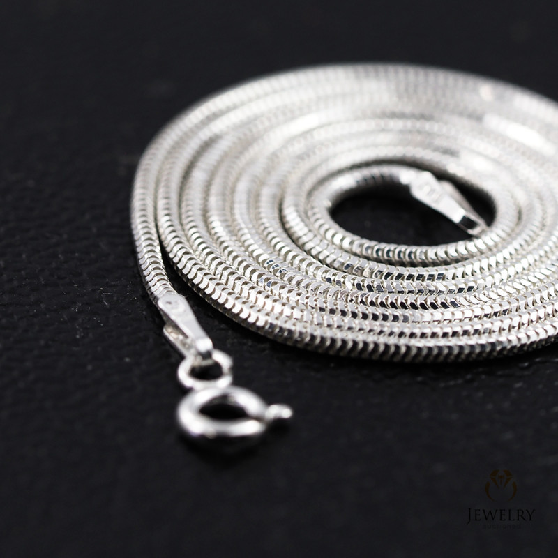 20 Inch, 50 cm 1.3 x 1.2 mm Long  Snake  Silver chain . AM 923