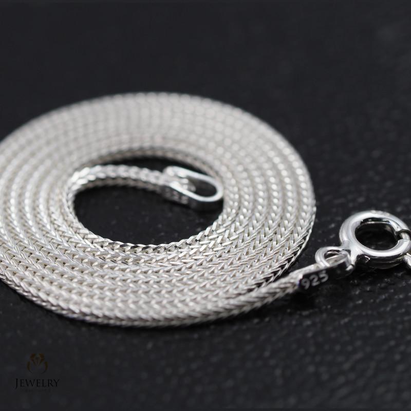 16Inch, 40 cm 1.0 x 1.0  mm Long  Snake  Silver chain . AM 961