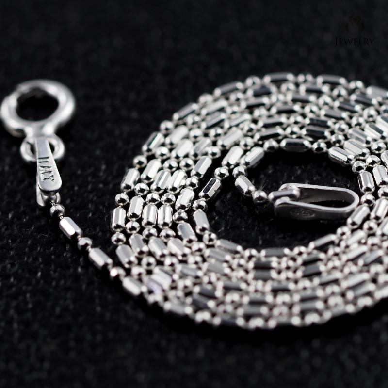 16 Inch, 40 cm 0.9 x0.9    mm Long Ball & Bead  Silver chain . AM 984