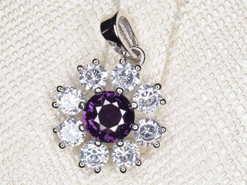 Natural Burma Un Treated Spinel Pendant With Cubic Zircon