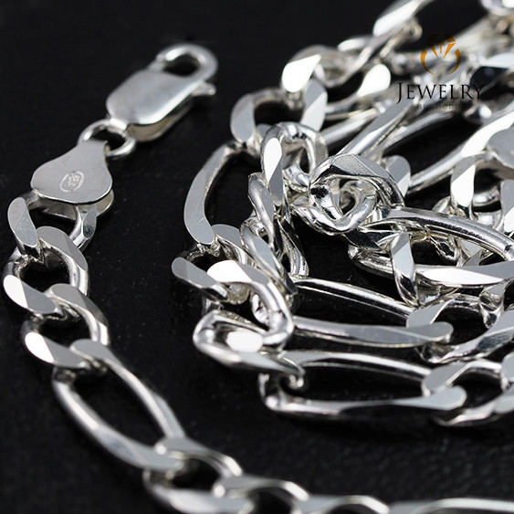 20Inch, 50 cm 7.2 x2.2 mm  Heavy  Curb Silver chain . AM 1068