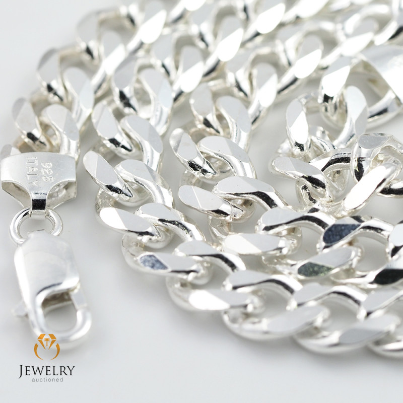 20Inch, 50 cm 8.0 x 3.2  mm  Heavy  Curb Silver chain . AM 1071