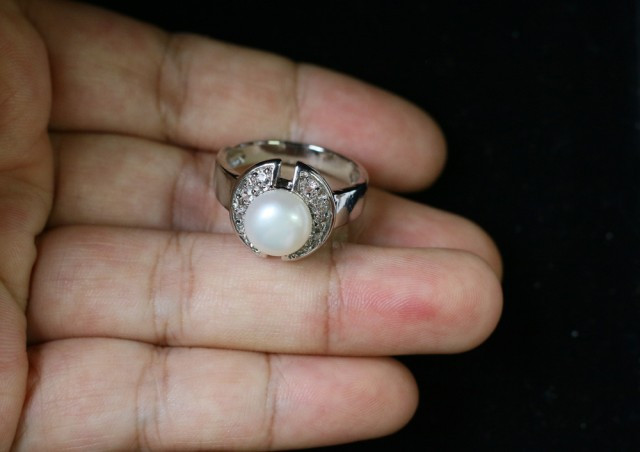 Natural Fresh water pearl Ring Am 1094