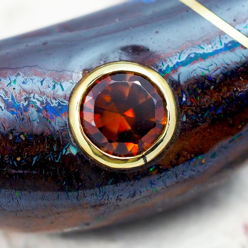 Zircon in boulder opal irosntone  on 18k gold wire sco 55