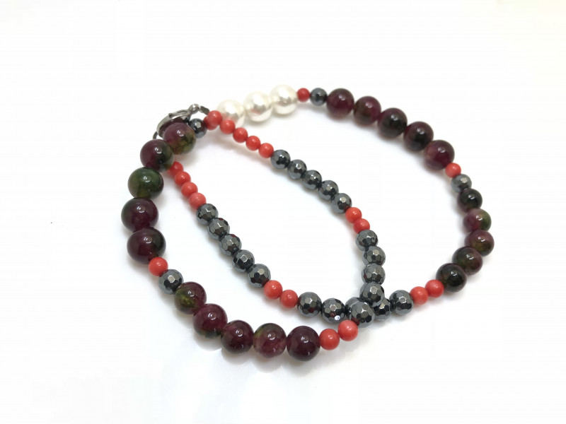 211 Crt Multi-Stone Beads Necklace