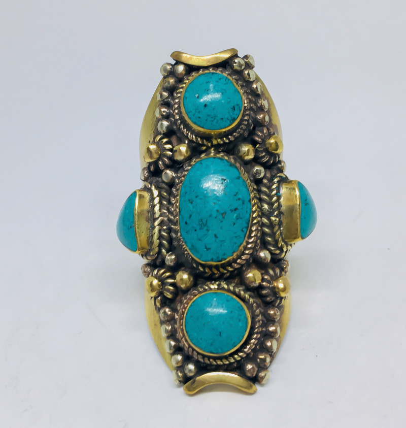 146.05 Crt Turquoise Nepali Ring