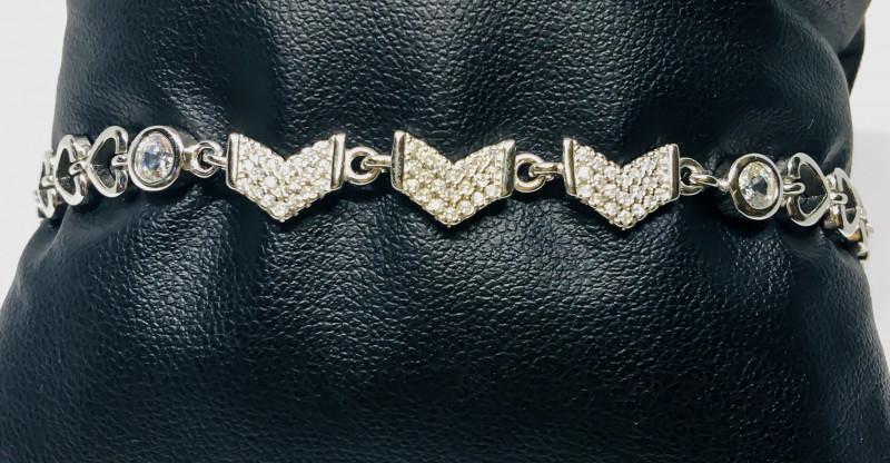 39.77 Crt 925 Silver Rhodium Plated Bracelet