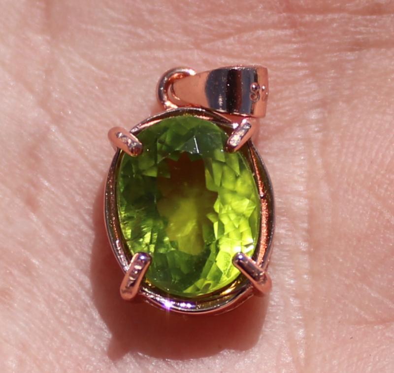 Peridot 2.70ct, Solid 925 Sterling Silver, Rose Gold Finish Pendant, Natura