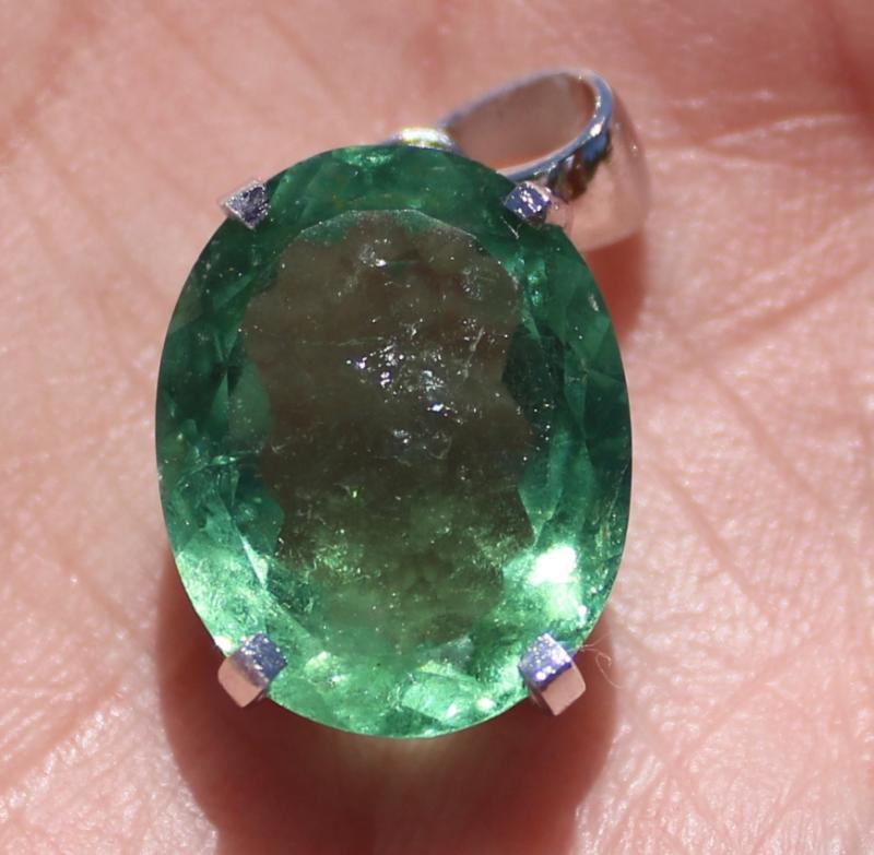 Green Tourmaline 12.12ct Rhodium Finish Solid 925 Sterling Silver Pendant