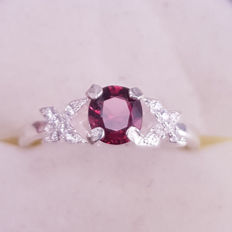 Rhodolite Garnet Ring.