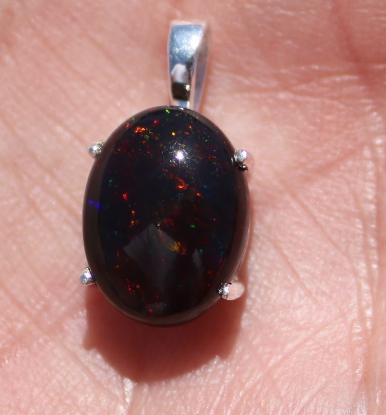 Black Opal 4.81ct, Rhodium Finish, Solid 925 Sterling Silver, Pendant, Natu