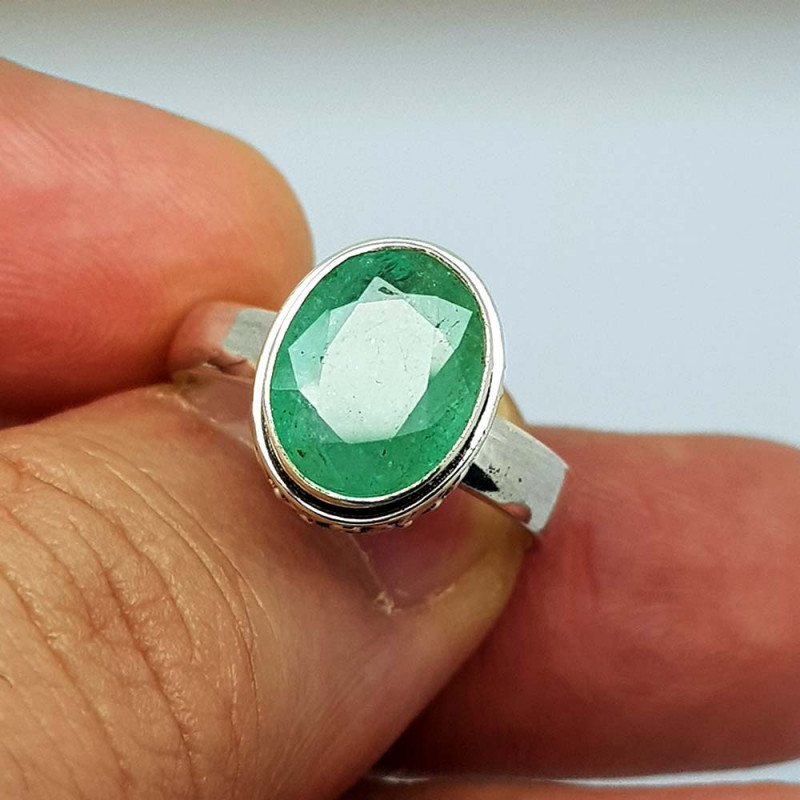 Natural Green Emerald 25 Carats 925 Silver Ring